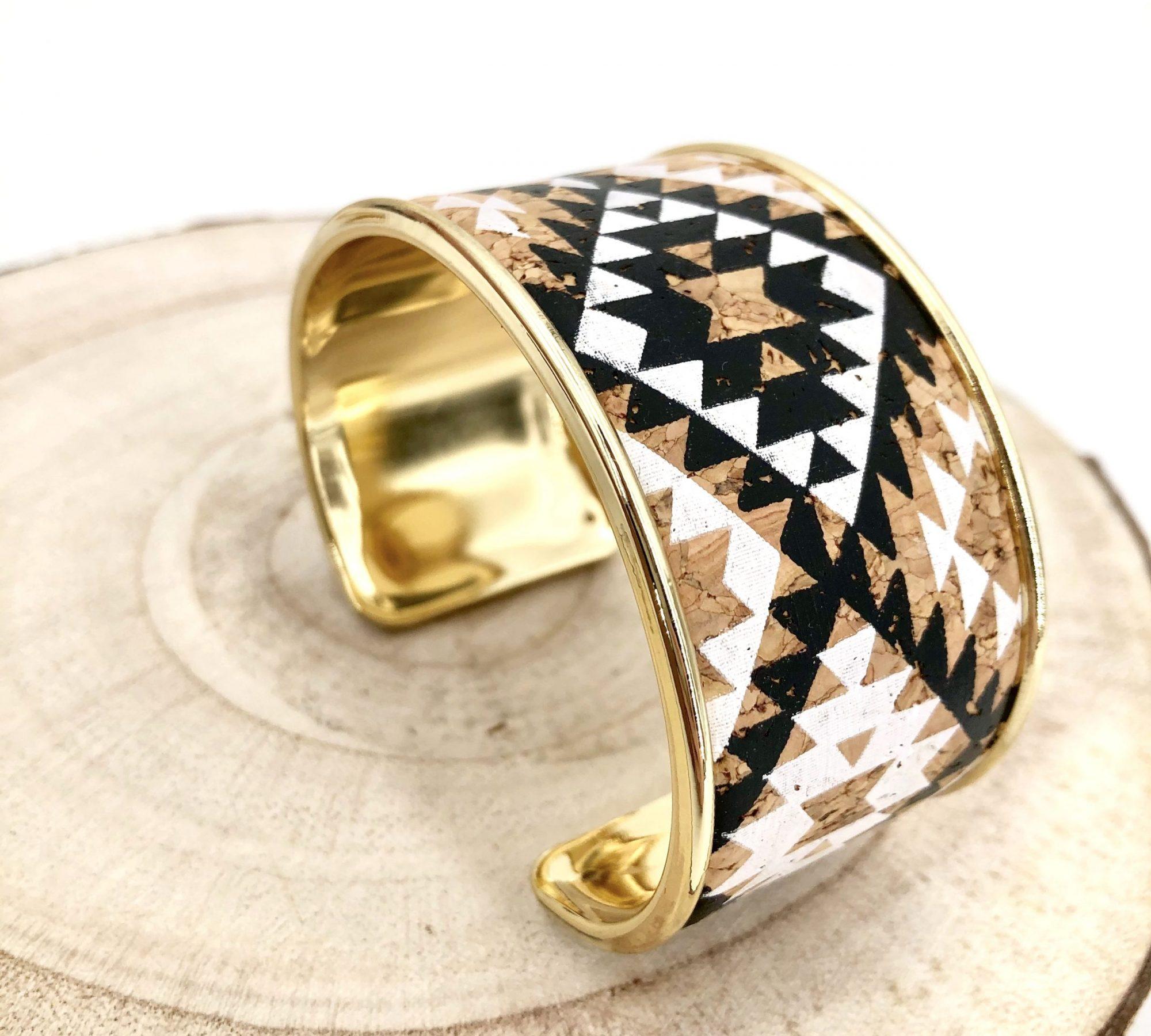bracelet vegan - manchette vegan - bracelet manchette vegan - bijou vegan - bracelet ecoresponsable - bracelet ethique - bracelet responsable - bracelet liege - bracelet pinatex - pumskin